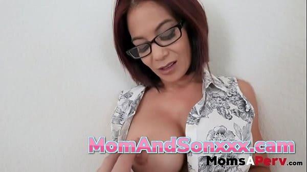 mom and son porno